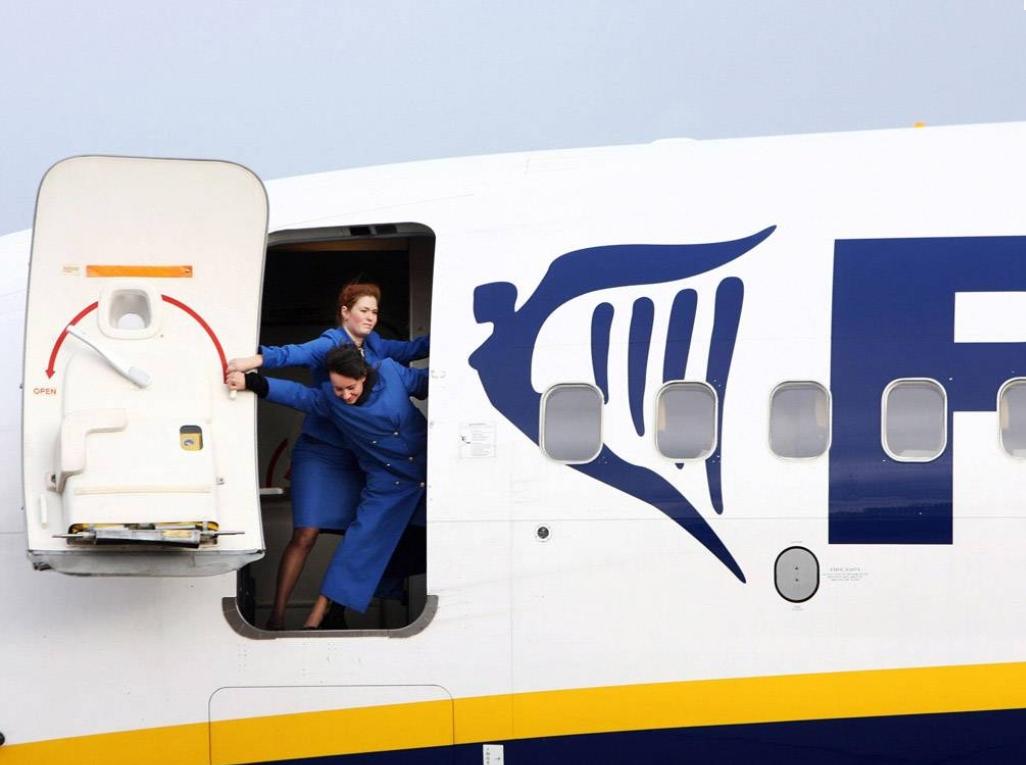Ryanair Mère Cendres Menace